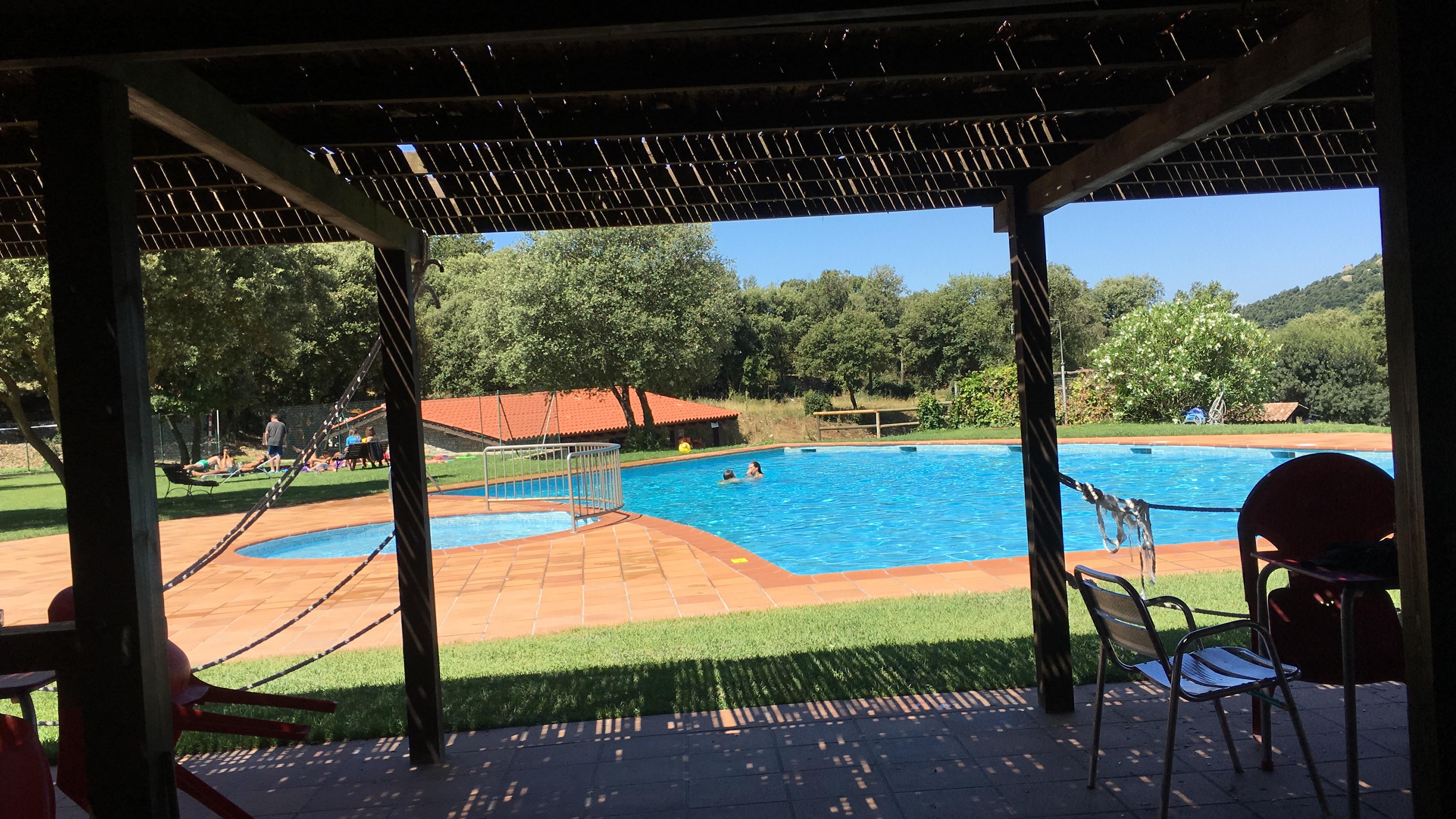 Ambiente piscina de Tavertet